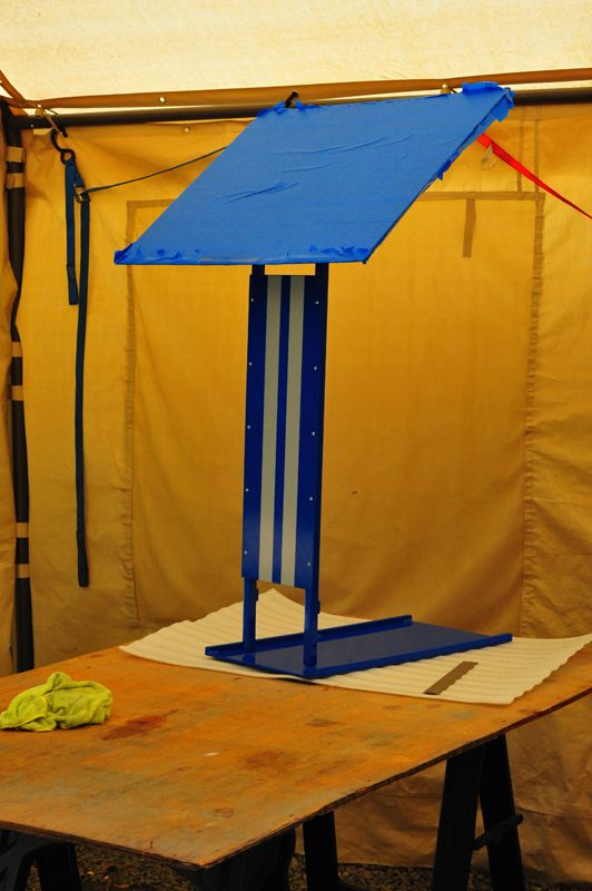Portable Car Show Display Stand - Portable car show display stand